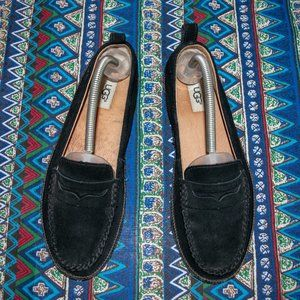UGG Shoes - Gorgeous UGG suede moccasin slip-ons like new!